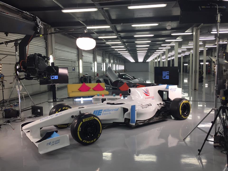 Show Cars Max Velocity Events - F1 show car